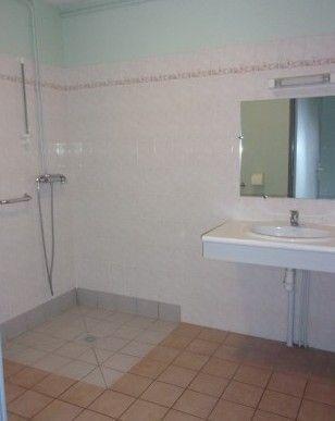 appartement MARPA salle de bain